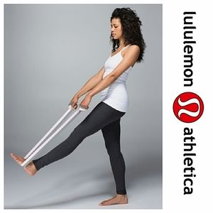 Lululemon No Limits Stretching Strap